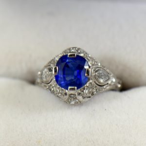 Art Deco Untreated Sapphire Ring in Platinum 1