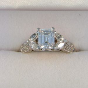 CroppedImage400400 1.01ct si d ec ring2