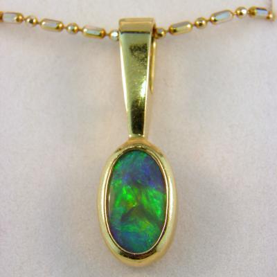 CroppedImage400400 18ky reversable opal pendant