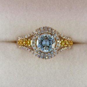 CroppedImage400400 1ct G VS1 ring wyellows 1