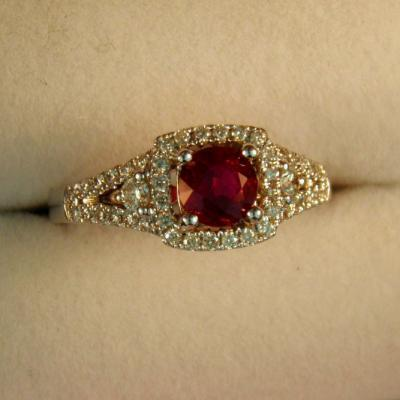 CroppedImage400400 89ct mozambique ruby ring