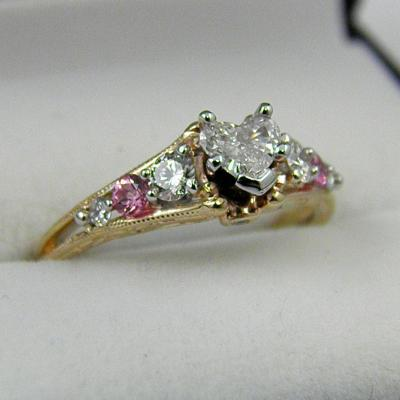 CroppedImage400400 BreastCancerRing