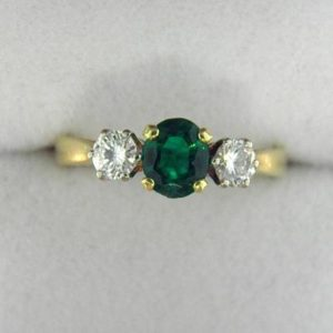 CroppedImage400400 british emerald ring