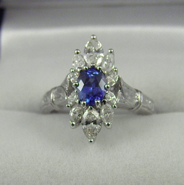 Modern Estate Sapphire and Diamond Ring 1