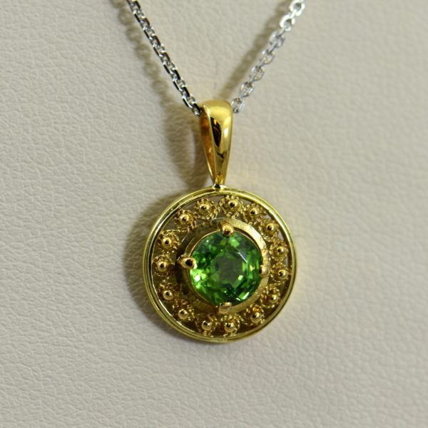 Nouveau Pendant with Demantoid Garnet and Cannetille gold work 1
