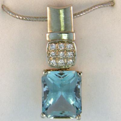 Radiant Aquamarine Pendant