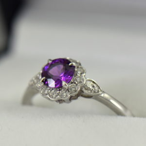 Mozambique Purple Garnet Ring with Diamonds in White Gold 2