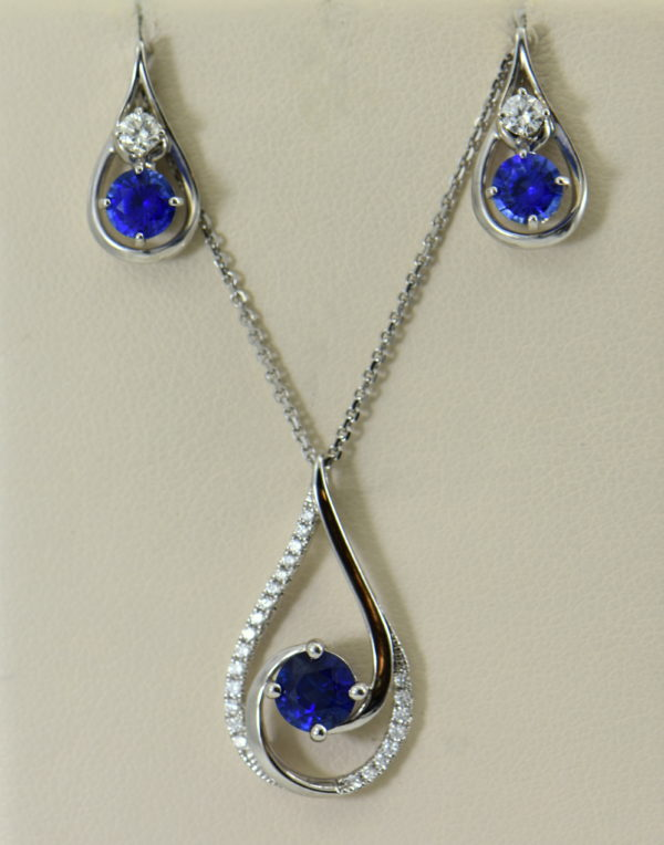 Ceylon Blue Sapphire and Diamond Pendant and Earring Set