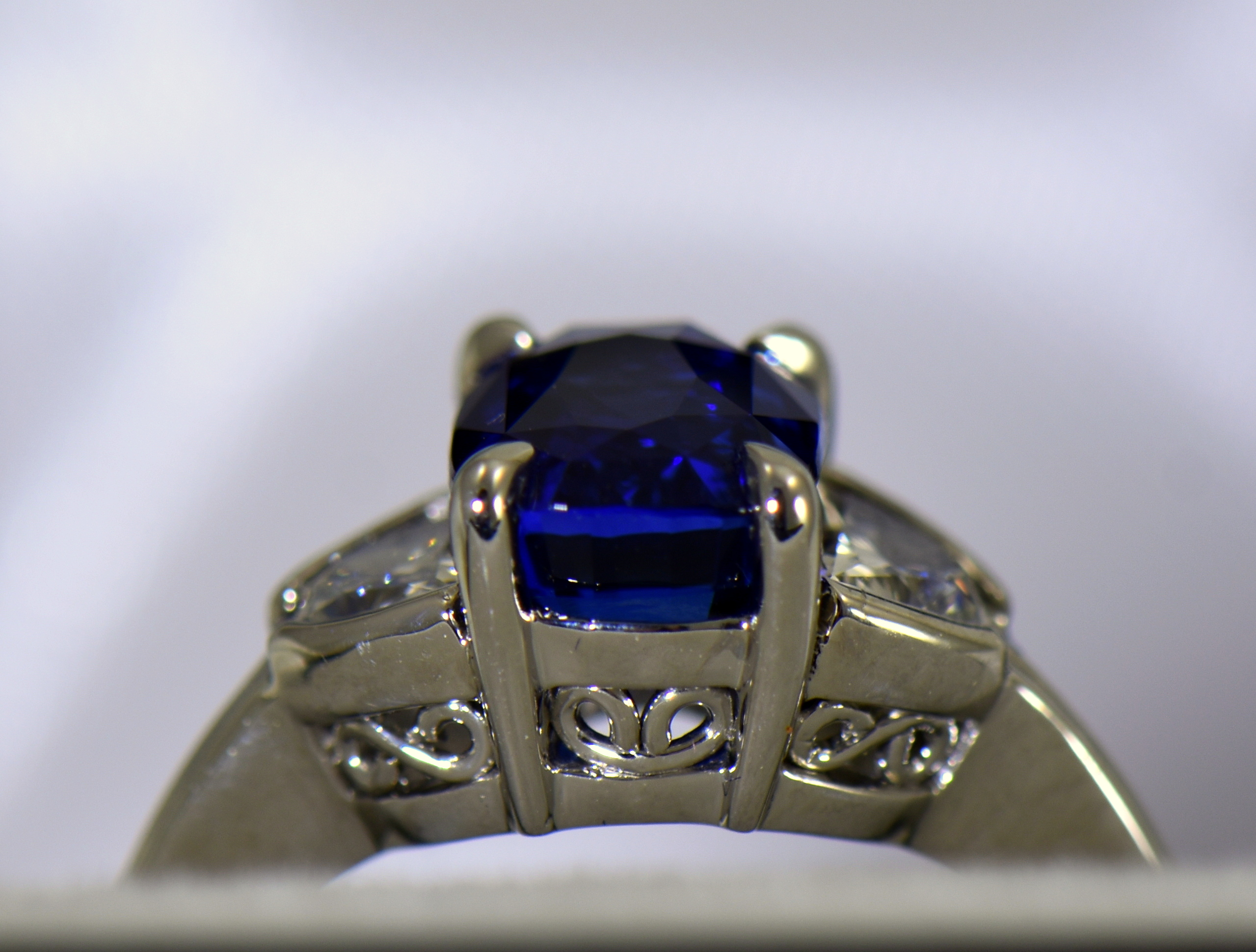 CN/_ Elegant Women/'s Blue Sapphire Rhinestones Slim Promise Engagement Ring Lat