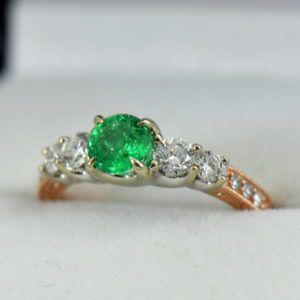 Round Colombian Emerald and Diamond 5 Stone Engagement Ring in Rose and White Gold