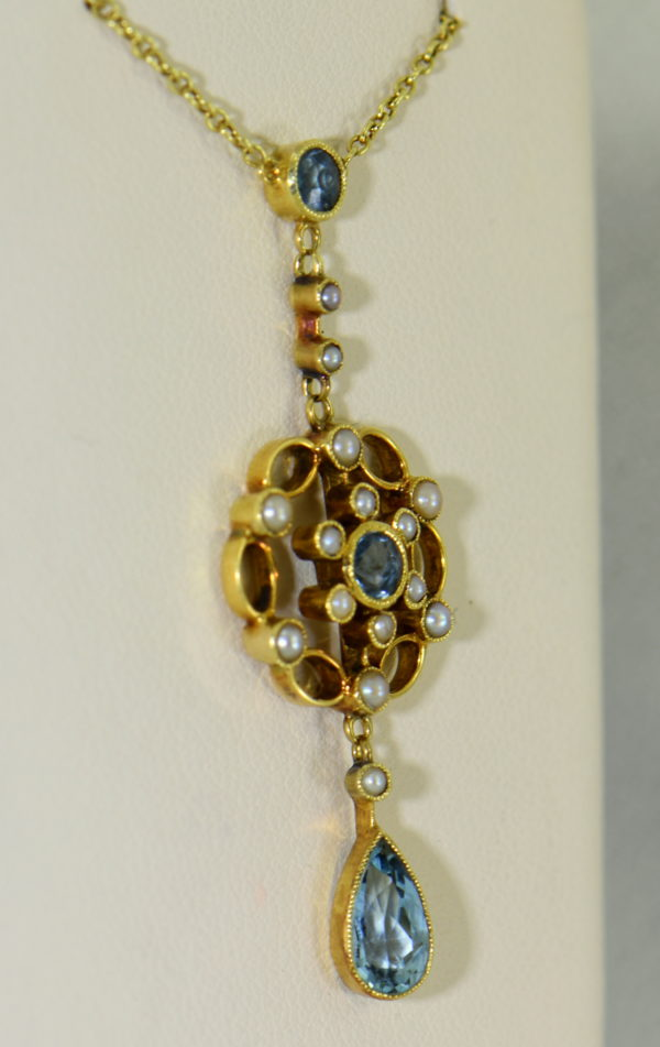 Edwardian 15ct Gold Antique Aquamarine Lavalier Necklace 2