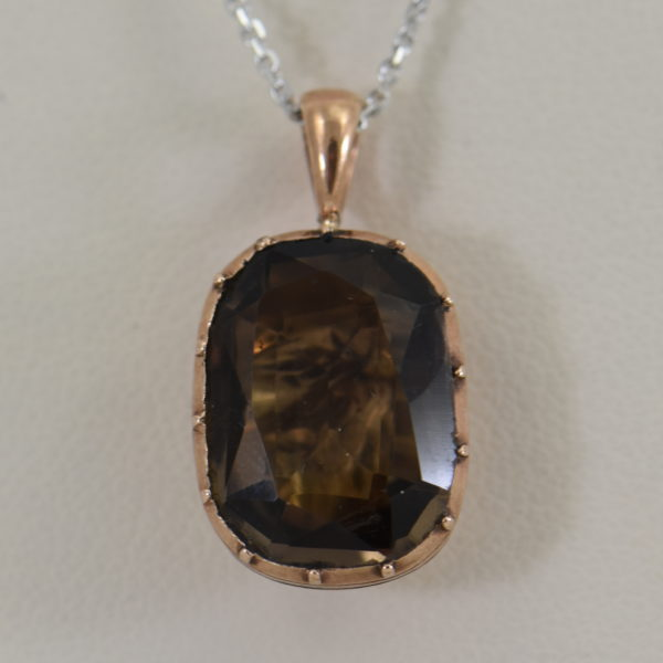 Georgian Foil Backed Smokey Quartz Pendant in Rose Gold circa 1814
