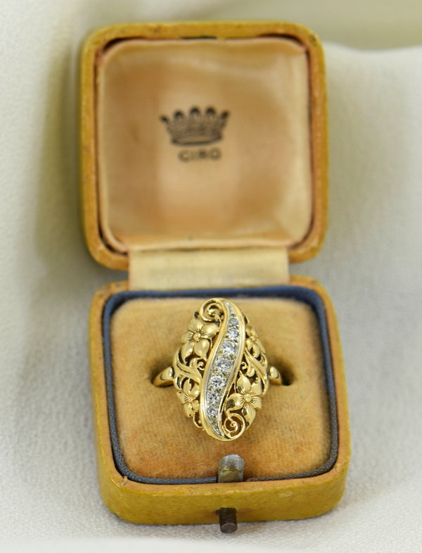 1930s Diamond And Floral Filigree Dinner ring 2