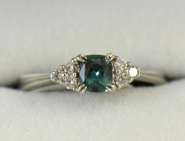 Lab Alexandrite color changing gemstones ring Lab Created Alexandrite ring,925 Sterling Silver alexandrite ring lab grown alexandrite ring