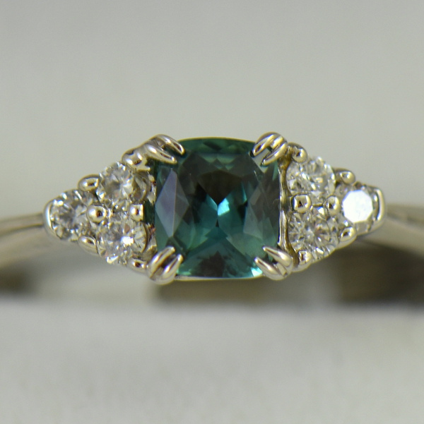 Alexandrite  Diamond Engagement Ring Strong Color Change 3