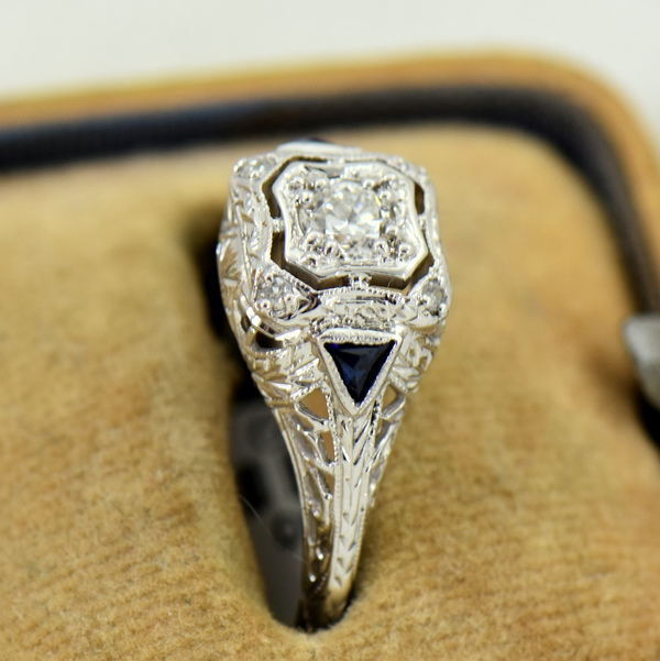 Art Deco White Gold Filigree Engagement Ring with Diamonds and Sapphires 3
