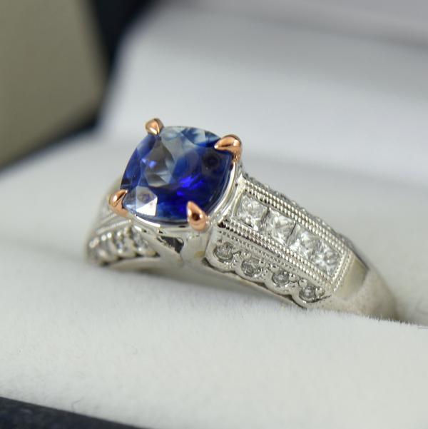 Bicolor Kyanite  Diamond ring in white and rose gold 4