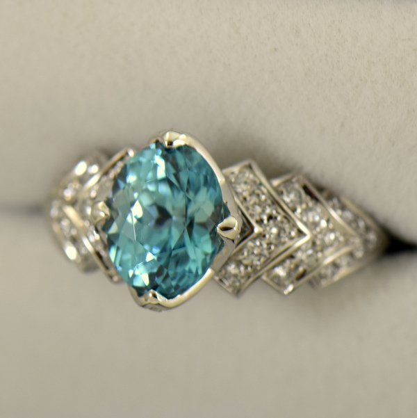 Cambodian Blue Zircon  Diamond Cocktail Ring 18k white gold 3