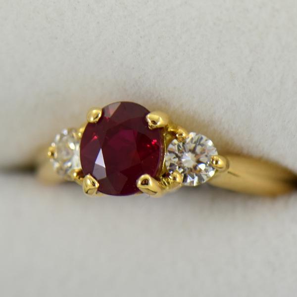 Estate 1.25ct Burmese Ruby  Diamond Ring 18k yellow gold