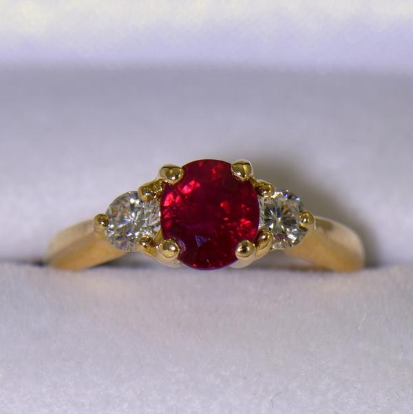 Estate 1.25ct Burmese Ruby  Diamond Ring 18k yellow gold 2