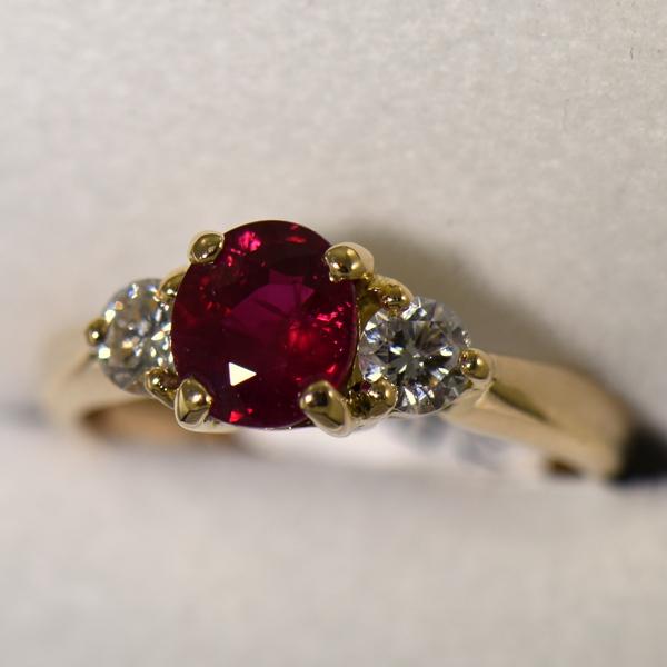 Estate 1.25ct Burmese Ruby  Diamond Ring 18k yellow gold 3