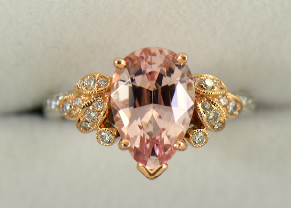 Exceptional Untreated Nigerian Morganite Pear Shape  Diamond ring in white and rose gold 3
