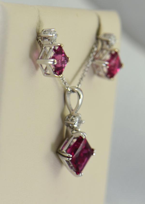 Pinkish Red Rubellite Tourmaline Pendant  Earrings Set 3
