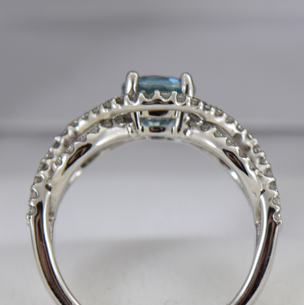Woven Diamond Ring with Round Blue Zircon 3
