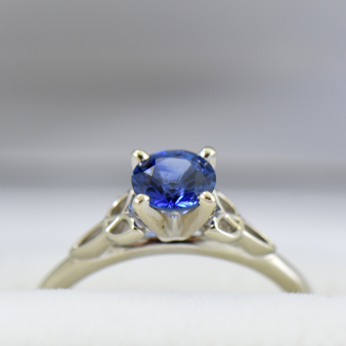 1ct Round Blue Sapphire Solitaire Ring with Celtic Trinity Accents 4.JPG