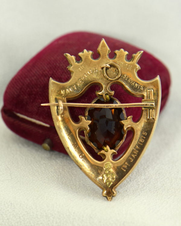 Scottish Agate Luckenbooth Brooch with Cairngorm 9k gold 2.JPG