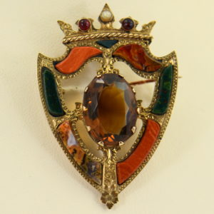Scottish Agate Luckenbooth Brooch with Cairngorm 9k gold 6.JPG