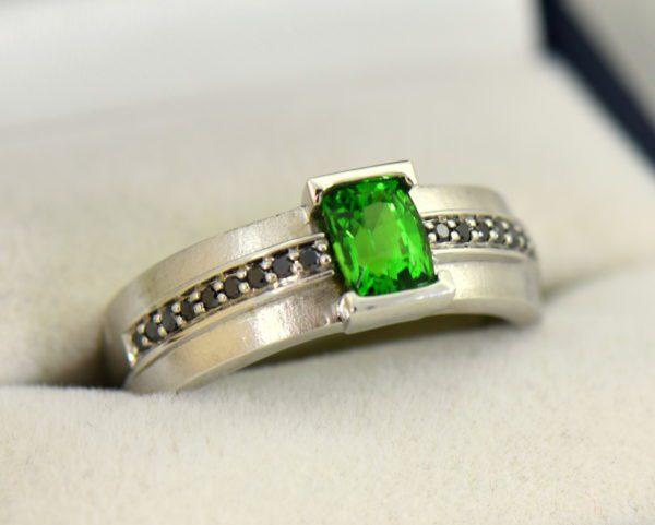 Gents White Gold Ring with Tsavorite Garnet and Black Diamonds.JPG