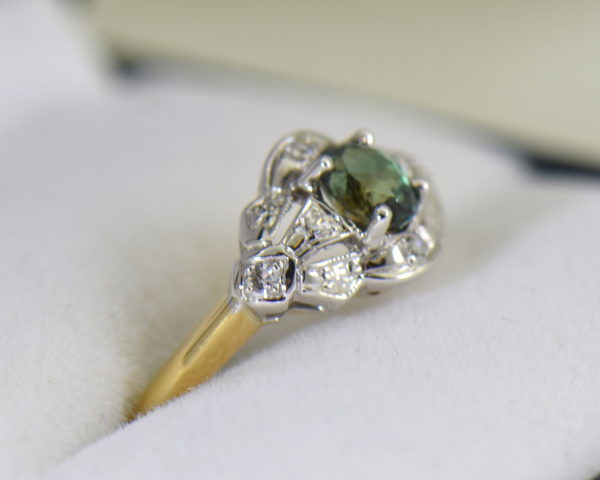 Late Deco Twotone Gold Ring with Sri Lankan Alexandrite 5.JPG