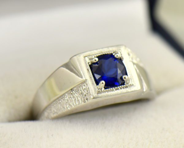 Mid Century Mens Ring with Dark Blue Sapphire.JPG