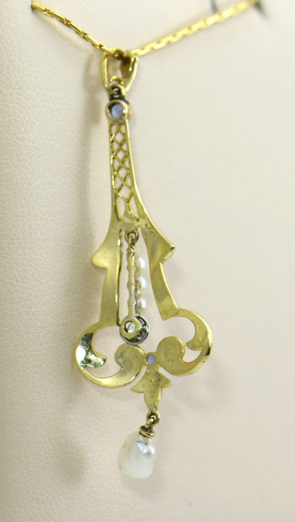 eiffel tower pearl sapphire diamone lavalier in yellow gold 3.JPG
