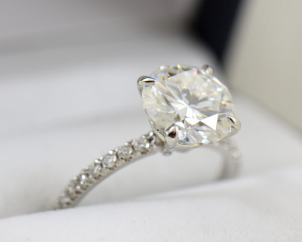4ct moissanite solitaire engagement ring on thin diamond shank 4.JPG