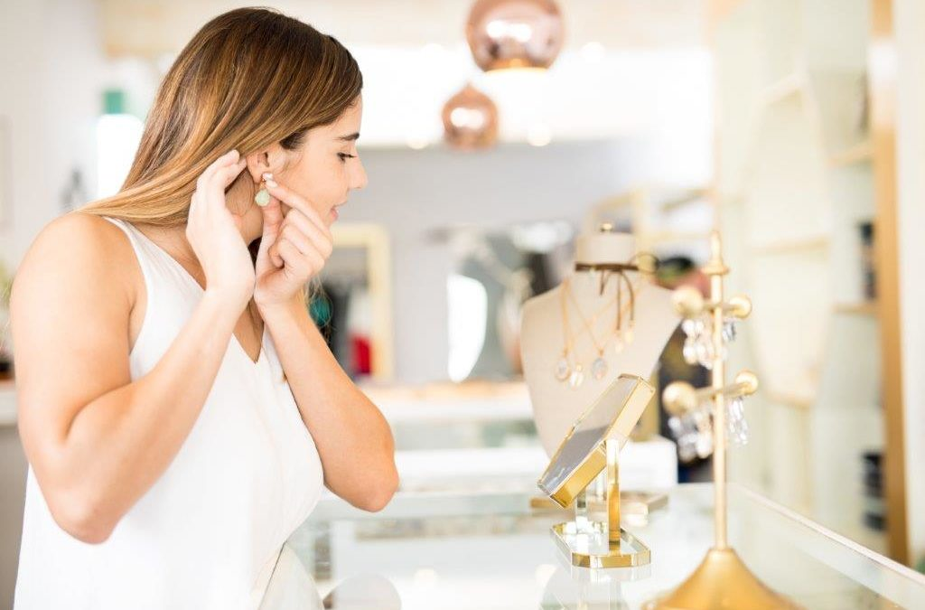 Personalizing Jewelry: How to Determine What Works Best for Me