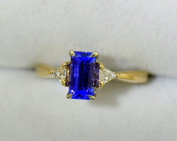 Petite Emerald Cut Tanzanite Trillion Diamond Yellow Gold Ring 4.JPG