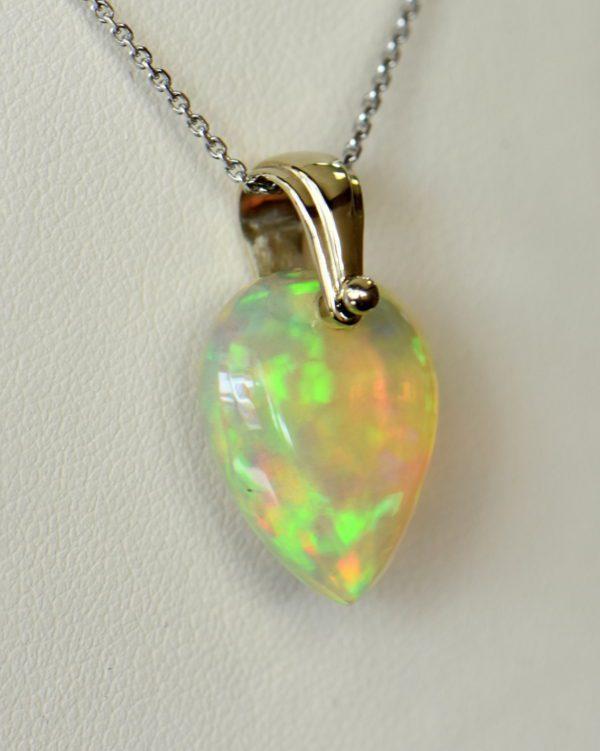Ethiopian crystal opal bead pendant in white gold 3.JPG