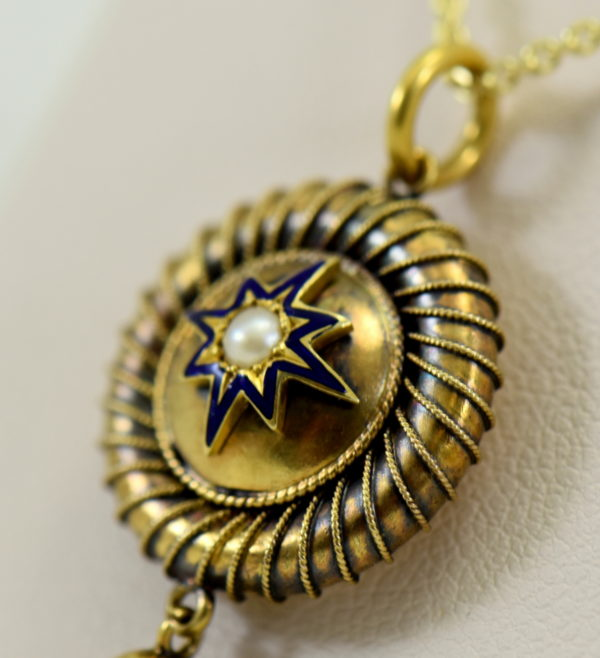 Victorian Locket 15k yellow gold with enamel star and pearl circa 1860 3.JPG