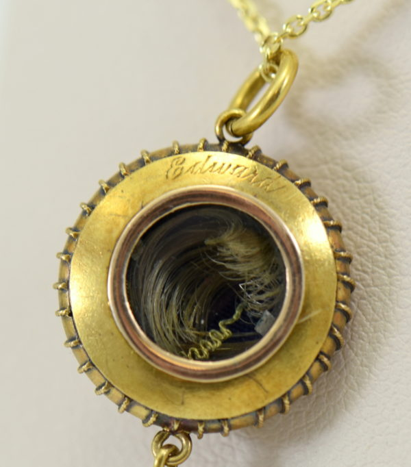 Victorian Locket 15k yellow gold with enamel star and pearl circa 1860 4.JPG