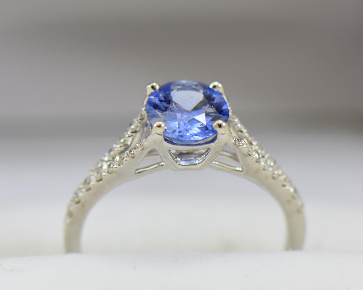 Unheated 1.40ct Ceylon Periwinkle Blue Sapphire Ring with White Gold Split Shank 4.JPG
