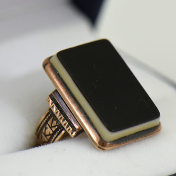 Victorian Rose Gold Mourning Ring with Black Agate Tablet 2.JPG
