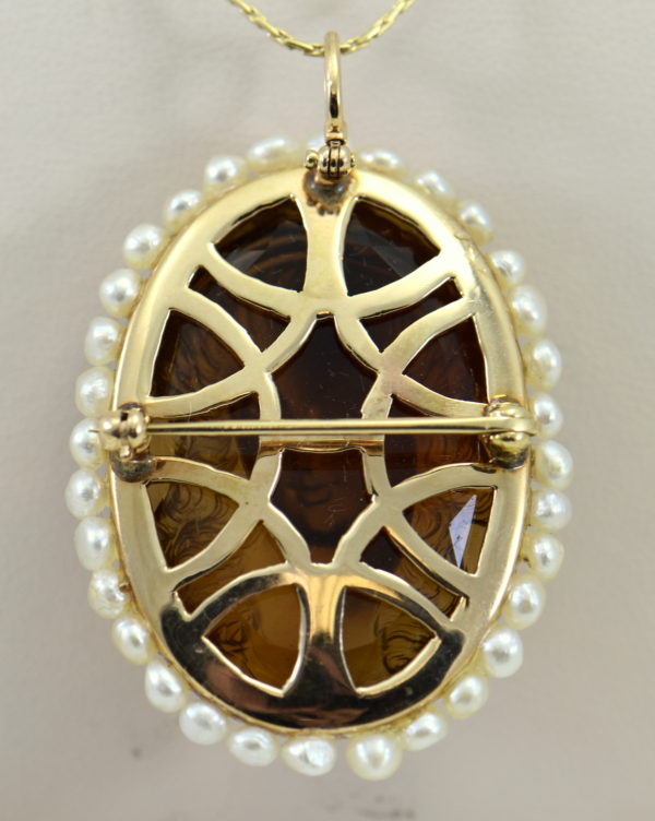 hard stone cameo carved citrine woman in yellow gold frame surrounded by pearls 5.JPG