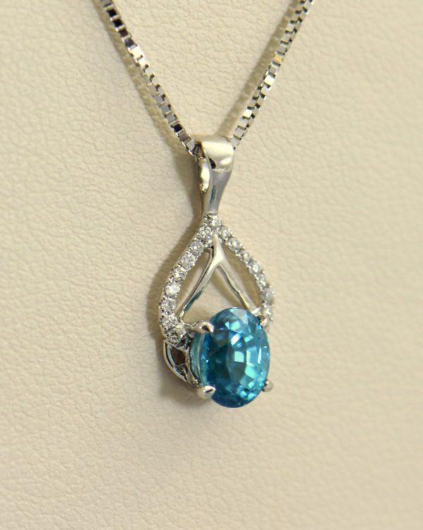 deep blue zircon pendant in white gold.JPG