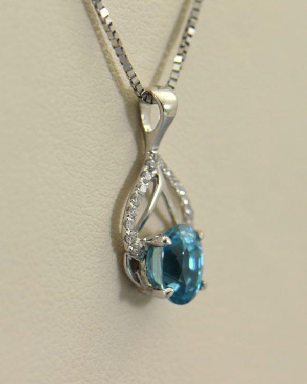 deep blue zircon pendant in white gold 3.JPG