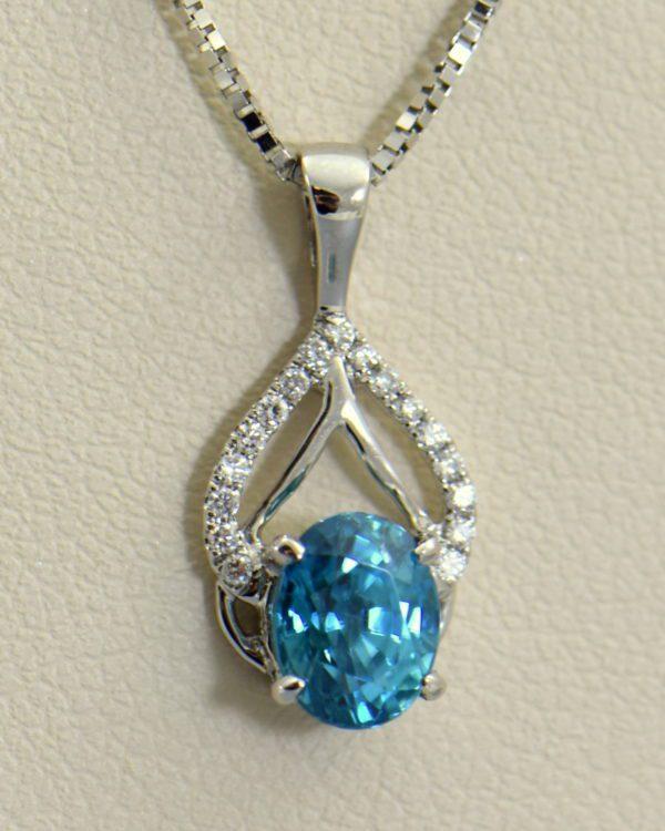 deep blue zircon pendant in white gold 5.JPG